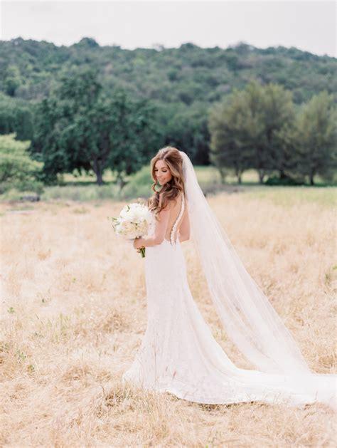 pretty vineyard wedding blog  girl weddings