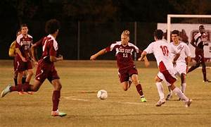 Mens soccer team beats Holy Names 2-1 – The Orion