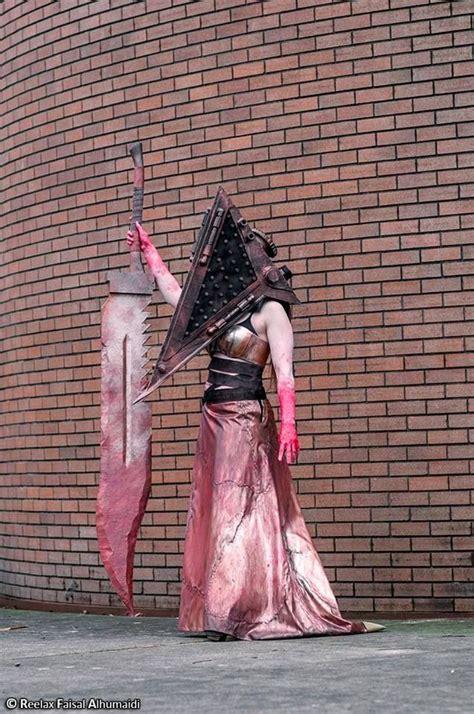 pin  kirsten joy  cosplay  costumes   scary