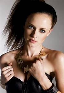 star 10: Alexis Bledel Wallpapers, Photos, Pictures & Images  Alexis