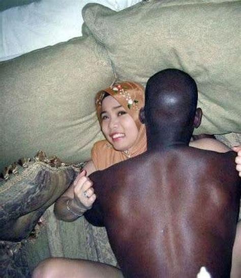 Bondagetudung Porn Pic From Tudung Interracial Sex