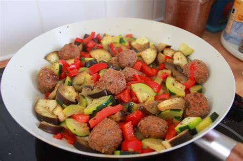 cuisiner choux bruxelles cuisiner en 5 é un repas du régime paléo expérience