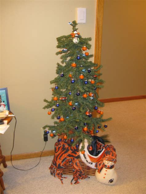 images  sports holiday decorations  pinterest
