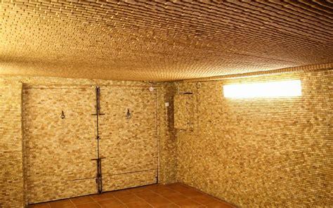 Wand Holz Verkleiden by Wand Verkleiden Mit Gebrauchten Weinkorken So Geht 180 S
