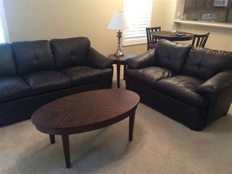 Like Brand New Living Room Set (no Petsno Smokersno Kids