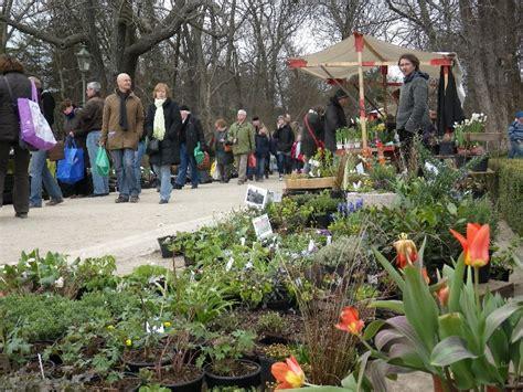 Berlin Botanischer Garten Staudenmarkt by Botanischer Garten Fr 252 Hlings Staudenmarkt In Berlin