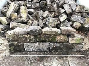 Gabionensteine Berechnen : historische kalk sandstein mauerbl cke grau gr n ~ Themetempest.com Abrechnung