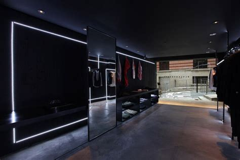 Black Barrett store, Hong Kong » Retail Design Blog