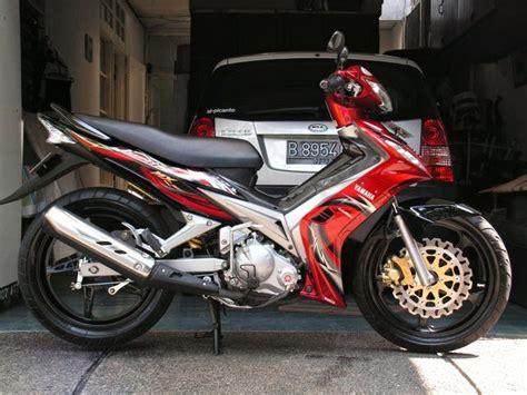 Modifikasi Jupiter Mx Lama by Modifikasi Motor Yamaha 2016 Striping Modifikasi Jupiter