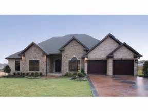 one story houses country house plan with 2525 square and 4
