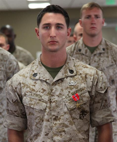 us army combat engineer dvids images eod marine awarded for bravery sacrifice