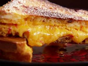 Grilled Pimento Cheese Sandwich Recipe