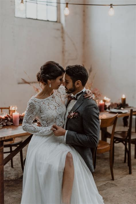 burgundy and black fall wedding inspiration at papierm 252 hle homburg junebug weddings