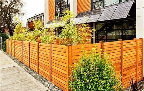 model pagar kayu minimalis sederhana elegan model desain