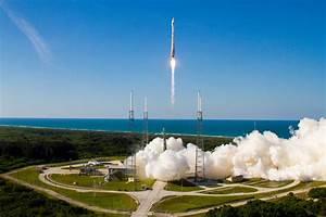 Amazing Atlas 5 Rocket Launch: US Military's GPS Satellite ...