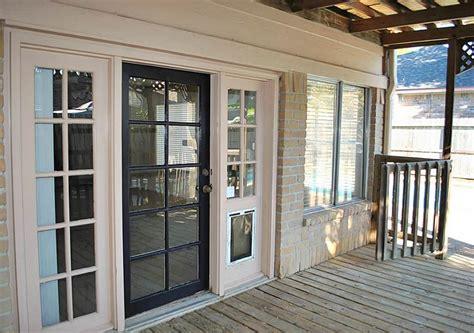 Door-Window : Single French Door With Doggie Door In Window