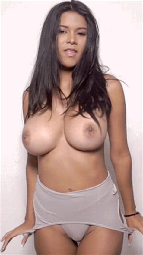 Fabulous Brunette Big Tits Lingerie In Animated Gurugodd