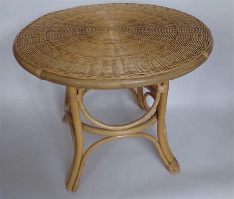 table basse ronde en rotin vintage 60 70