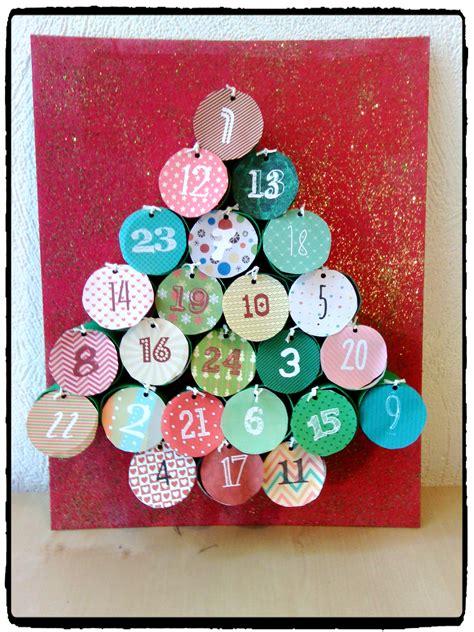 calendrier de l avent rouleau papier toilette calendrier de l avent r 233 alis 233 avec des rouleaux de papier toilette en forme de sapin de noel