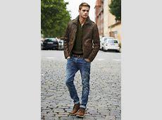 Modern Wardrobes For Men – Tips On How To Make Order In