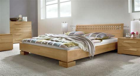 Hochwertiges Bett Aus Massiver Buche Lackiert  Bett Lima