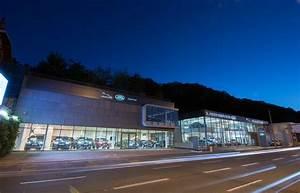 Jaguar Port Marly : duffort groupe saint germain en laye concessionnaire land rover le port marly auto occasion ~ Gottalentnigeria.com Avis de Voitures