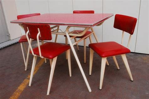 Wonderful Table And 4 Chairs, Of American Origin, Vintage