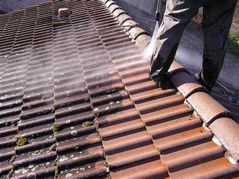 demoussage nettoyage entretien  traitement hydrofuge