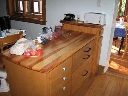 comptoir de cuisine en bois un comptoir de bois de pin d 39 érable de merisier ou