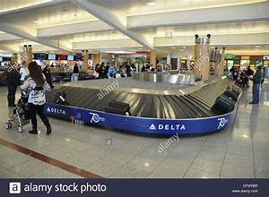 Baggage Claim at Atlanta Hartsfield Jackson Airport Stock ...