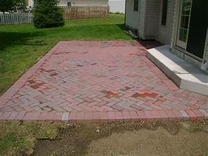 Landdesignlandscaping custom patios and retaining walls for Red brick patio designs