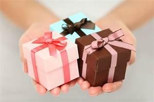 Geschenke Auf Rechnung Bestellen : personalisierte hochzeitsgeschenke tipps zum kaufen ~ Themetempest.com Abrechnung