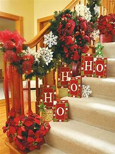 20, Beautiful, Christmas, Staircase, Decorating, Ideas