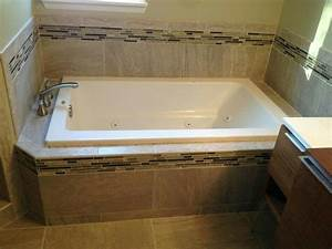Maximizing, Space, By, Remodeling, A, Small, Master, Bathroom