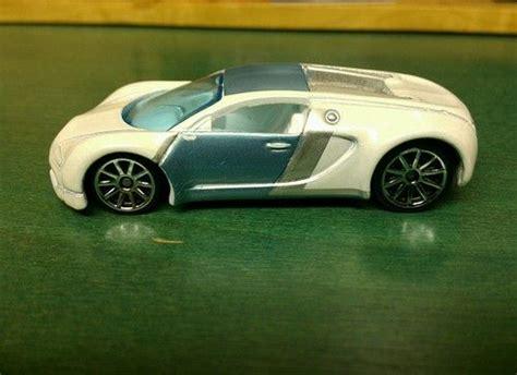 Hot Wheels Bugatti Veyron Mystery Loose
