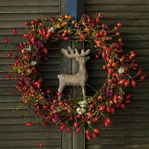 Weihnachtskranz Für Tür : begr t den advent mit einem kranz an der t r weihnachtskranz basteln die erste kerze am ~ Sanjose-hotels-ca.com Haus und Dekorationen