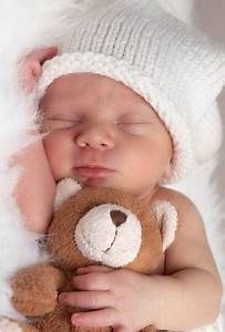 12 Baby Photo Shoot Ideas You Can Try at Home | Photo Ideas