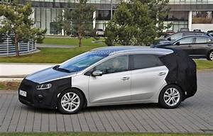 Kia Ceed Sport : spyshots 2016 kia cee 39 d sportswagon getting twin clutch gearbox and turbo engines autoevolution ~ Maxctalentgroup.com Avis de Voitures