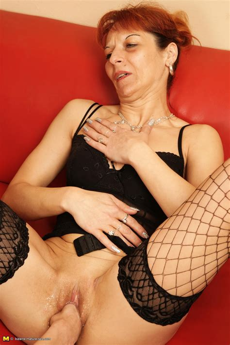 Fisting And Piss Loving Mature Slut Gets It All Granny Nu