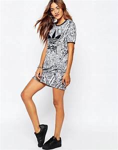 adidas adidas originals florera robe t shirt a With robe t shirt adidas