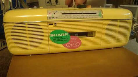 Sharp Qt-50 Yellow '80s Boombox With Cassette / Am Fm