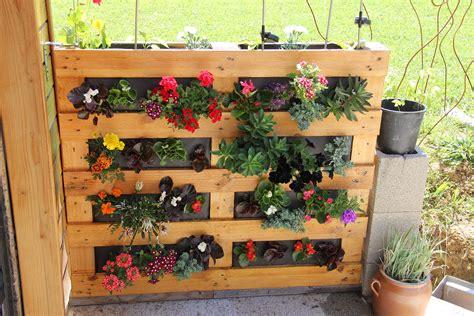 fabriquer  mur vegetal en palette sofag