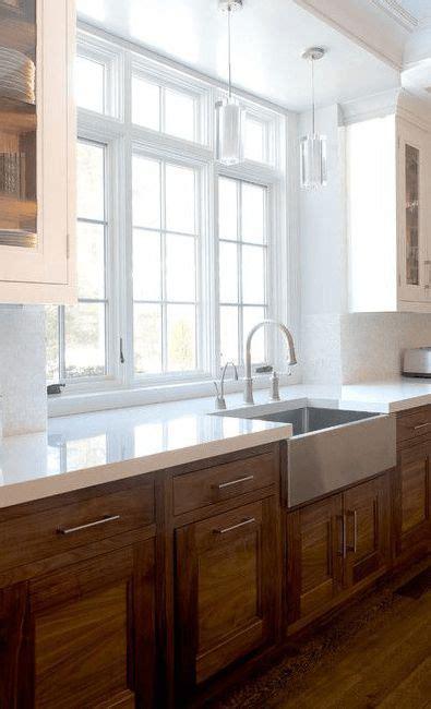kitchen with backsplash best 25 kitchen cabinets ideas on white 6549