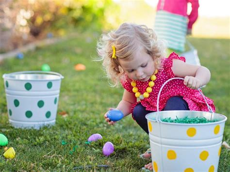 seattle easter egg hunts and activities for 2019 839 | original kim stoegbauer easter egg decorating party egg hunt girl4 s4x3 jpg rend hgtvcom 1280 960