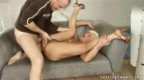 Hot Granny Getting Fucked Pretty Hard Film On Gotporn 912085