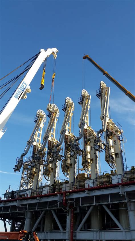 installation loading  condensate arms