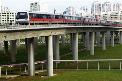 A Beginner's Guide To Public Transport In Singapore