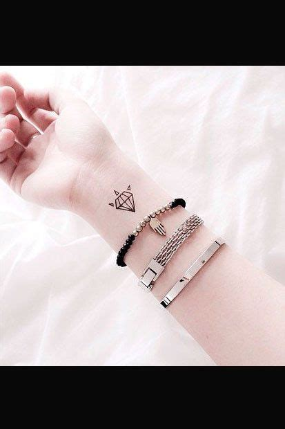 henna stechen 38 best 420 tattoos images on tatoos and happy 420