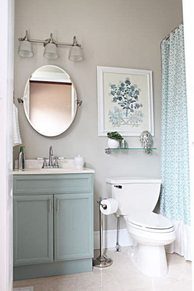 How To Decorate Small Bathroom by 13 Pretty Small Bathroom Decorating Ideas You Ll Want To