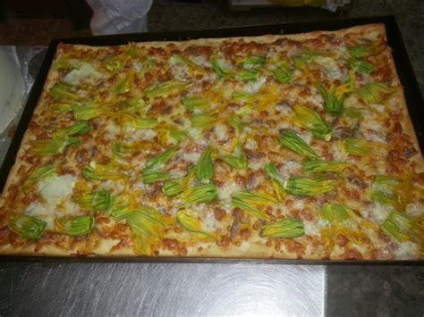pizzeria fiore di zucca roma fiori di zucca e alici picture of pino e nando pizzeria